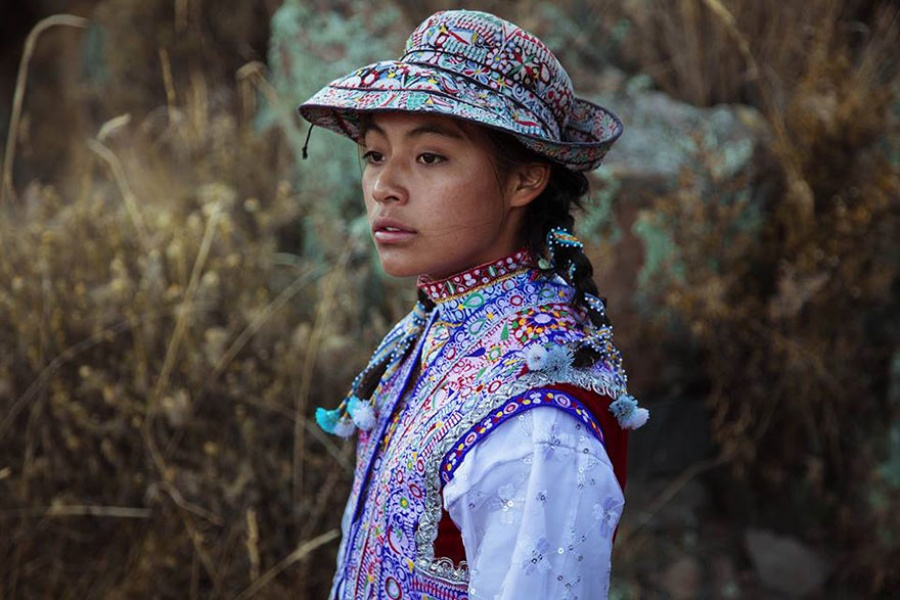 13378460-R3L8T8D-900-different-countries-women-portrait-photography-michaela-noroc-1-Colca-Valley-Peru