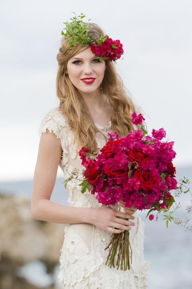 bougainvillea-bridal-bouquet